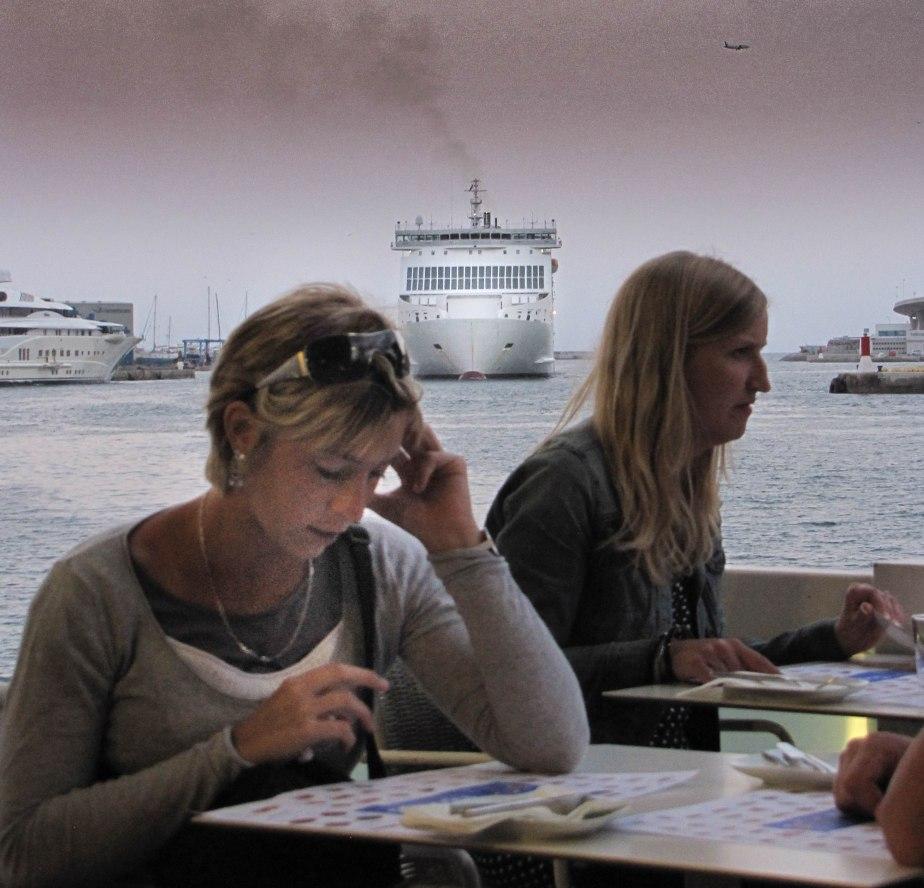 menace dans le port 2, barcelone,  août11 (1 sur 1).jpg