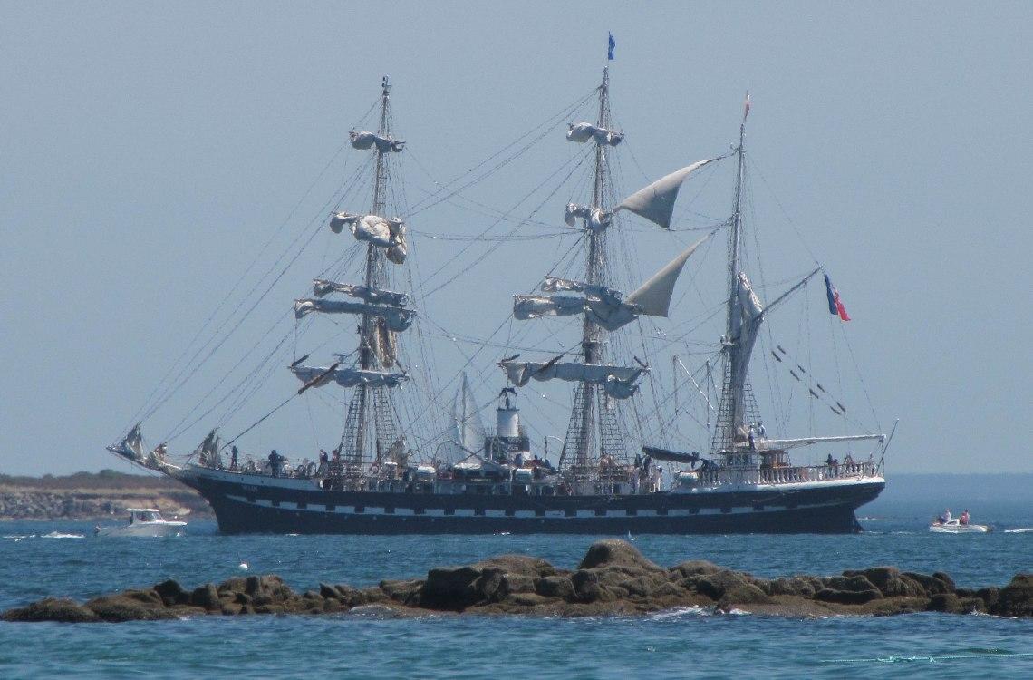 Belem entre à Lorient 2, 26 juin 11 (1 sur 1).jpg