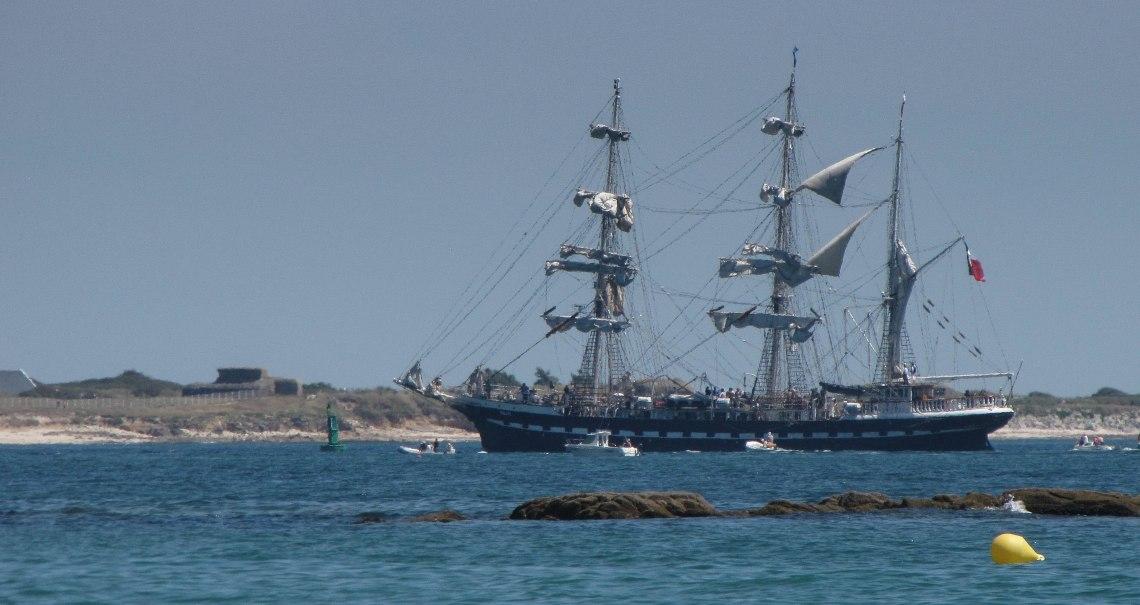 Belem entre à Lorient 3, 26 juin 11 (1 sur 1).jpg