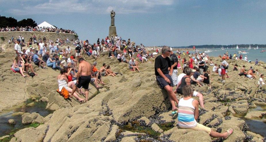 la foule à la Vierge, 2 juin 11 (1 sur 1).jpg