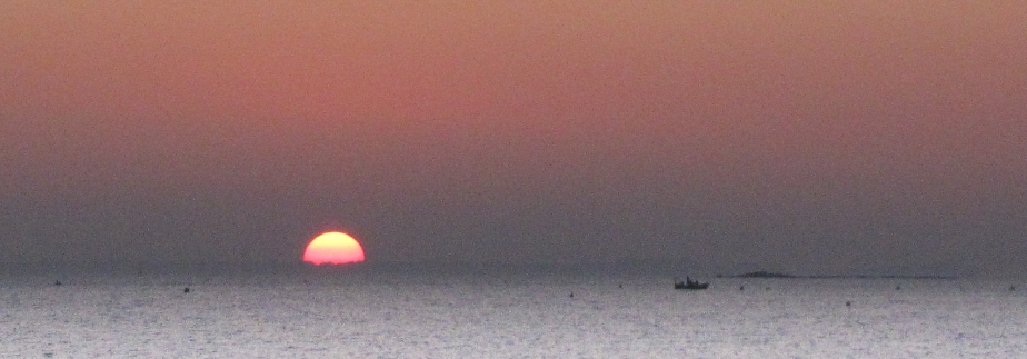 pêcheurs du soir, baie de quiberon, 18h34, 16 févr 10 (1 sur 1)