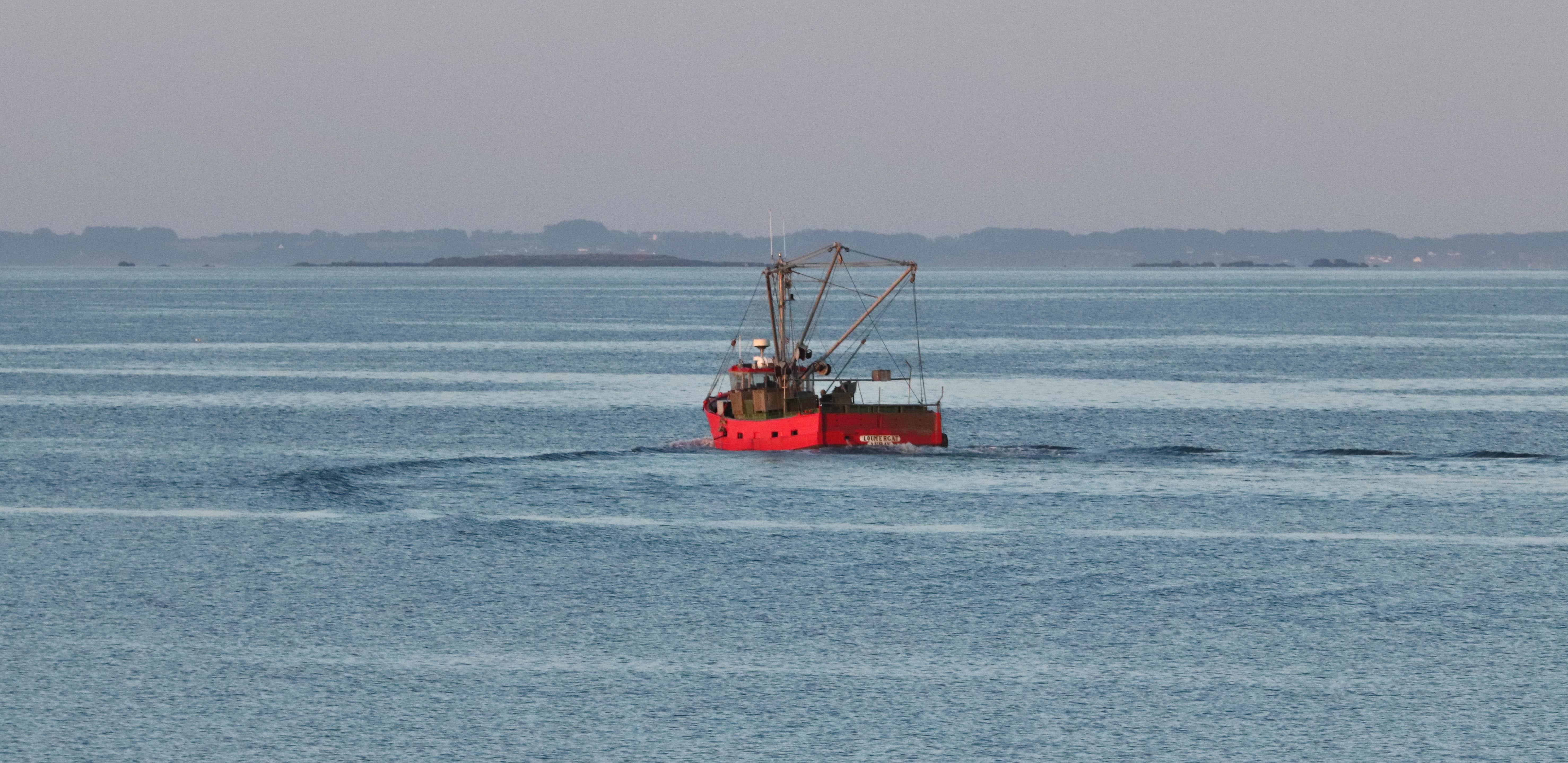 le bateau rouge, la trinité sur mer, 6 août 8,  6h16 (1 sur 1).jpg