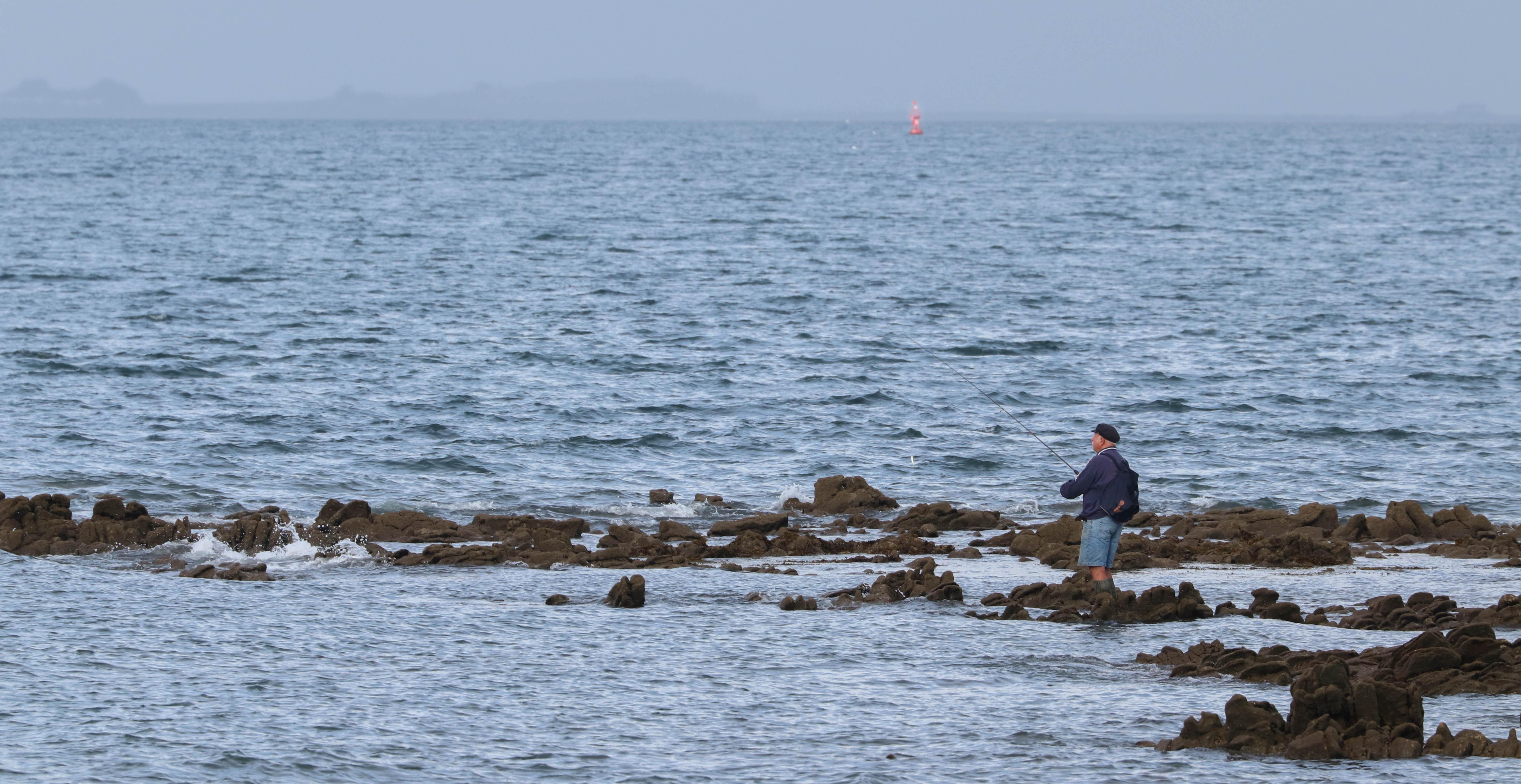 pêcheur, er long, 13 août 18, 8h21 (1 sur 1).jpg