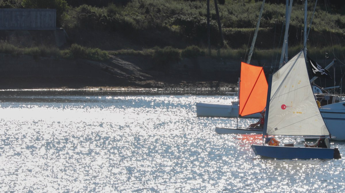 un bateau de pirates dans la baie de la digu, 2 août 18, 8h19 (1 sur 1)