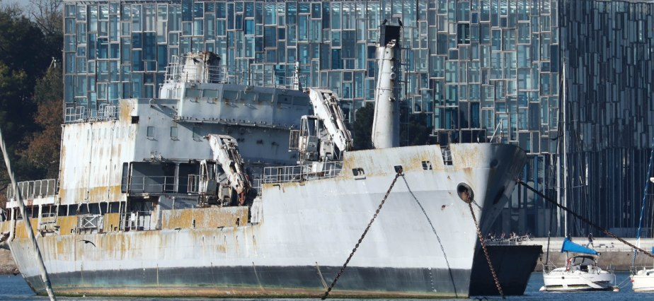 Epave en rade de Lorient, 21 oct 18, 14h11 (1 sur 1).jpg