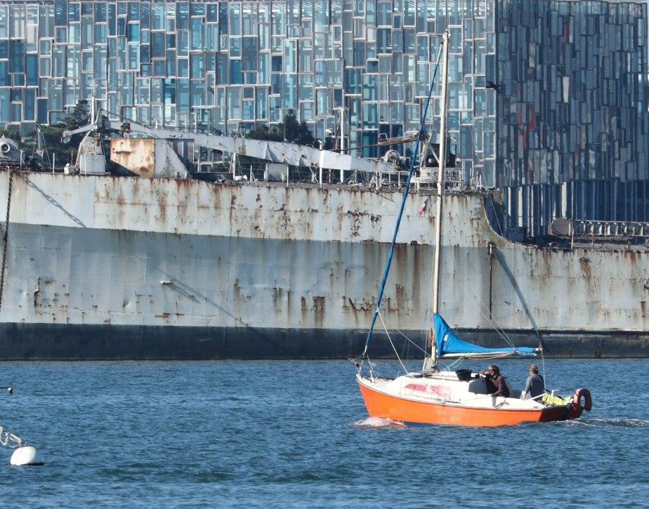Epave en rade de Lorient, 21 oct 18, 14h20 (1 sur 1).jpg