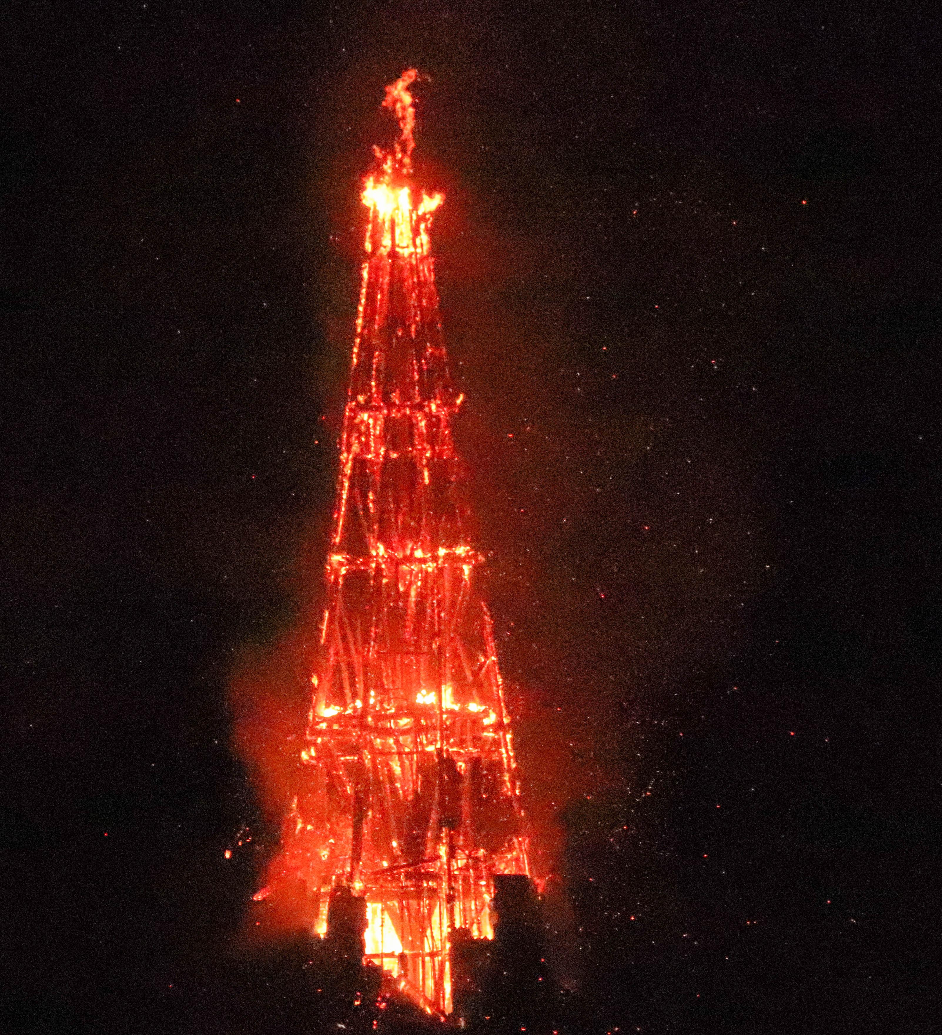 église ste thérèse, le dieu grec,  Rennes, 1er août 18, 23h (1 sur 1).jpg