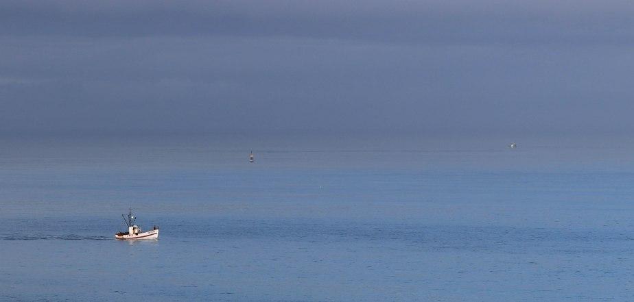 Bateau en pêche, sables d'or, 6 févr 19, 12h37.jpg