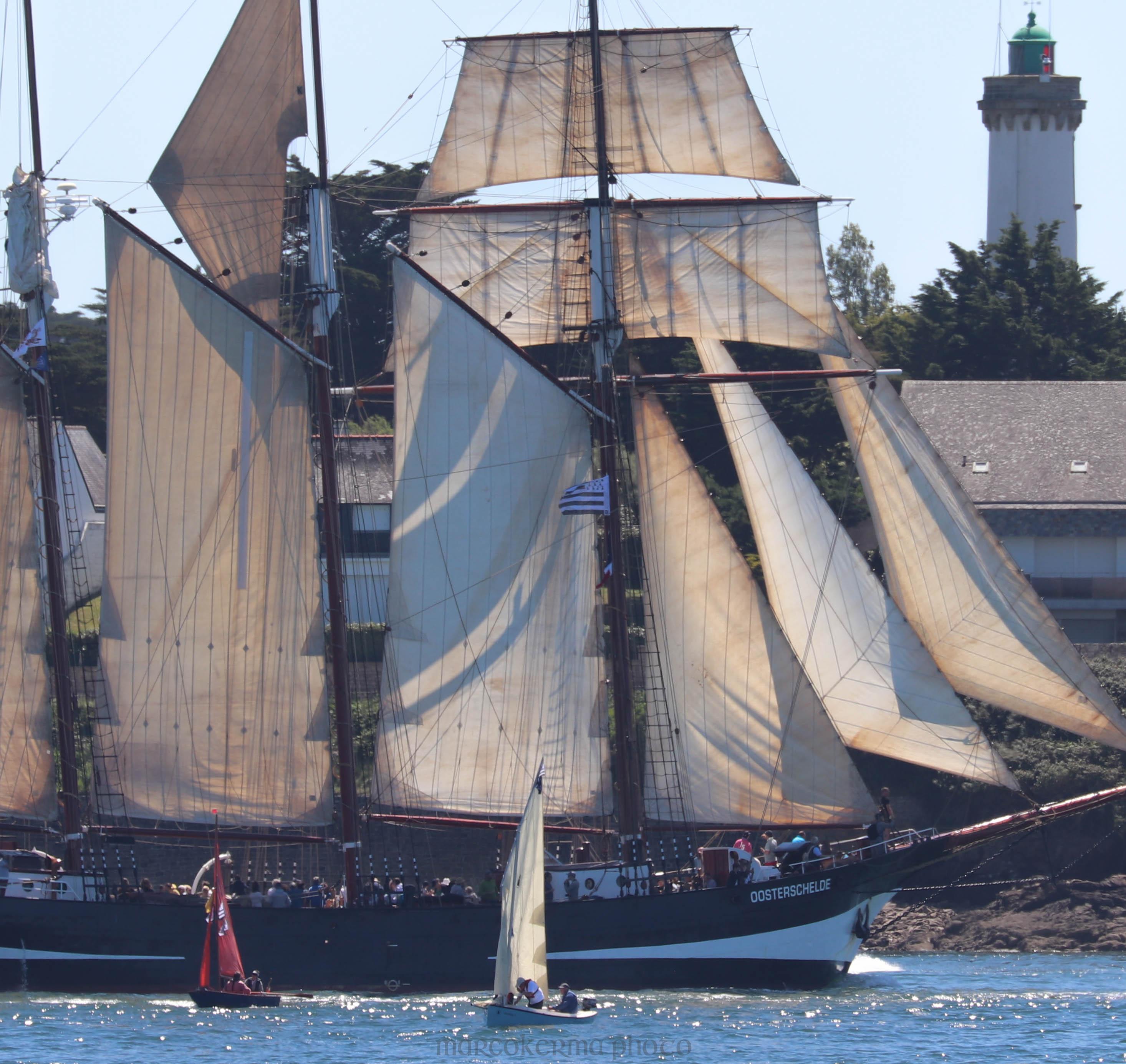 Oosterschelde , 31 mai 19, le phare, 13-08-11.jpg