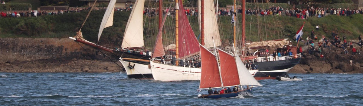 Oosterschelde, N-D des Flots & Loup de Mer, 27 mai 19, point de port navalo, 20h42_.jpg