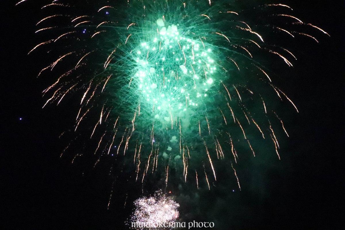 feu d'artifice Locmariaquer, 14 juil.19, 23h35-57.jpg