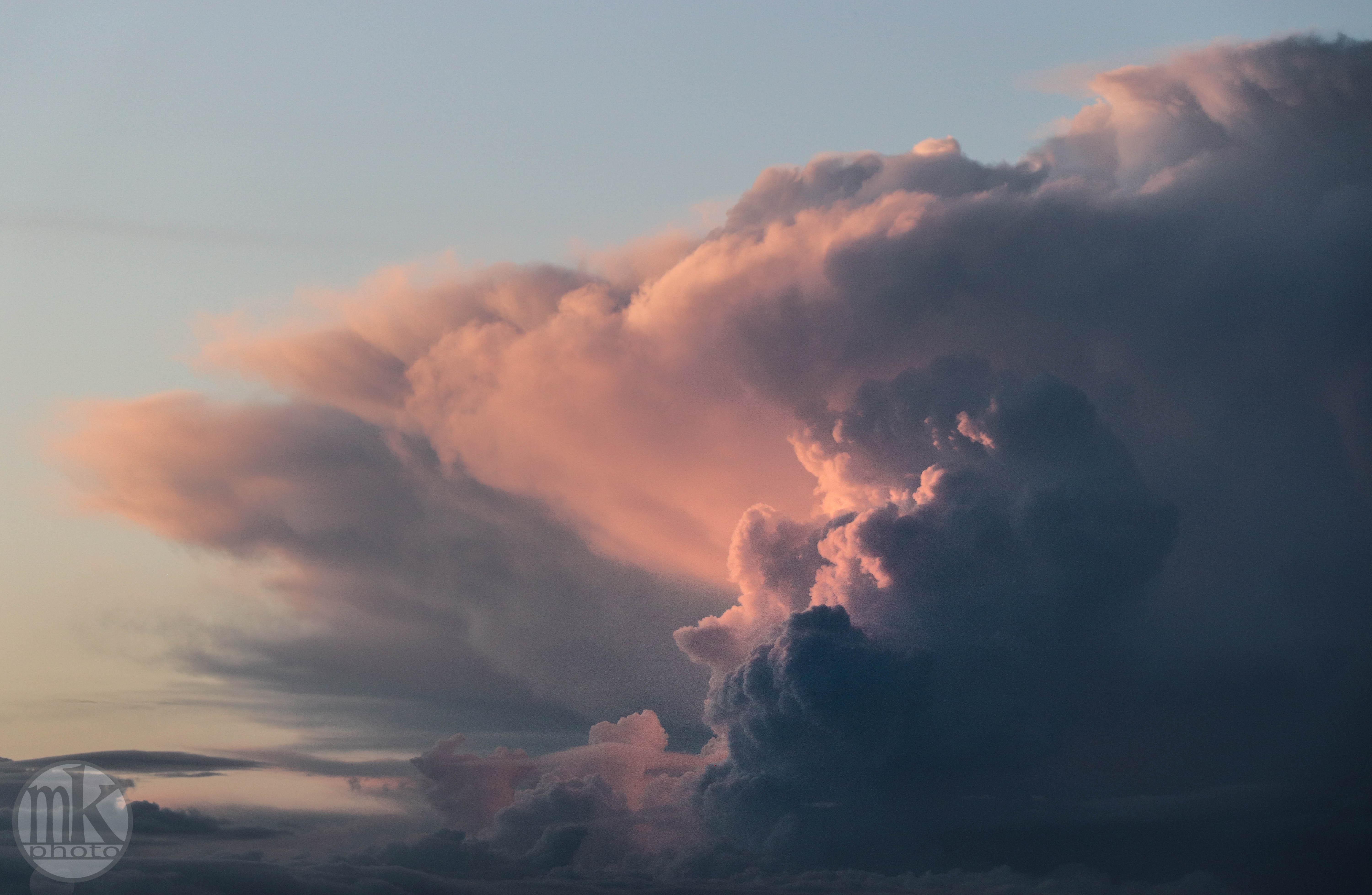 nuages d'orage, Rennes, 17 avril 2020, 20h59-28