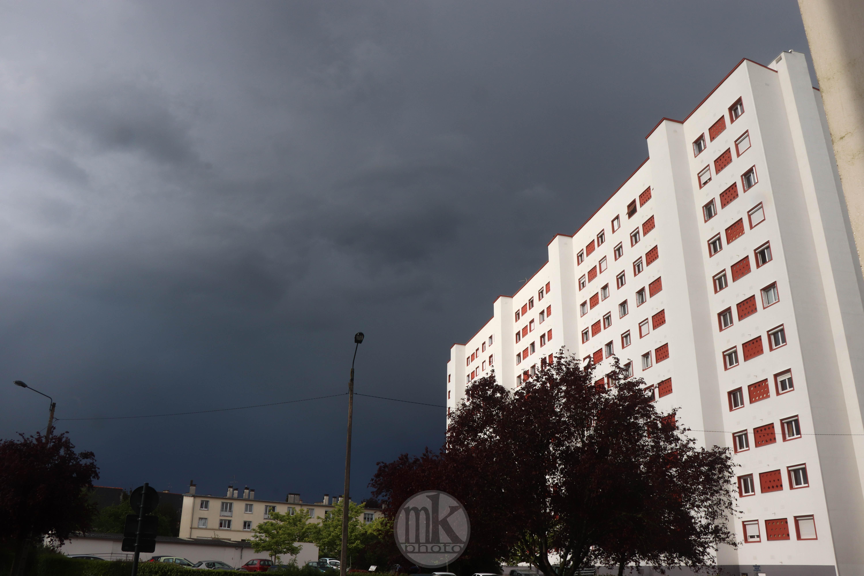 orage, pluie, Rennes, 17 avril 2020, 18h16
