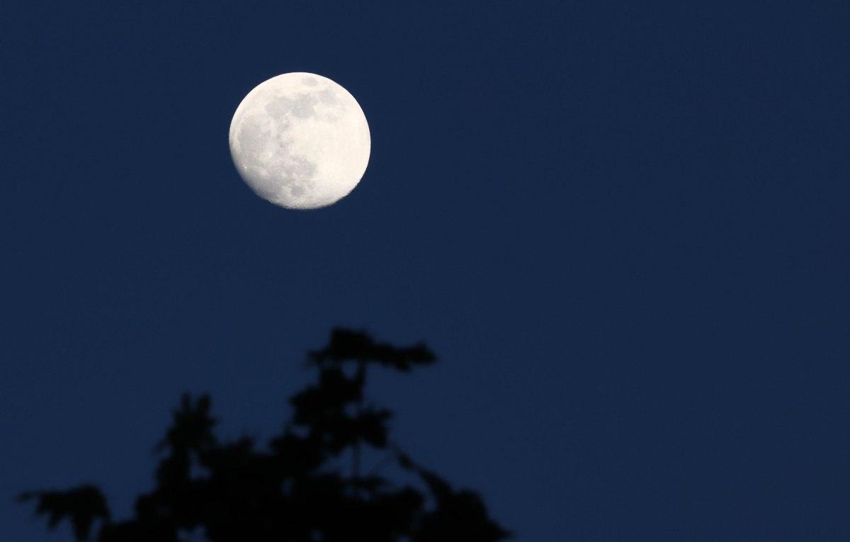 lune, la Binquenais, 5 mai 2020, 21h23